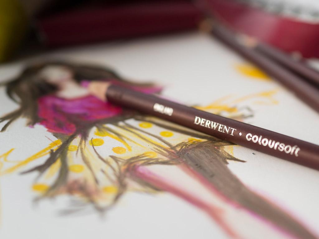 Colour Pencils Derwent Coloursoft In Wooden Box Vunder