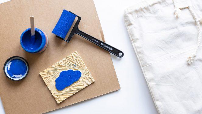 Linoollõige tekstiilkotile